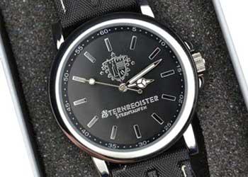 Design Uhr Sternzeit